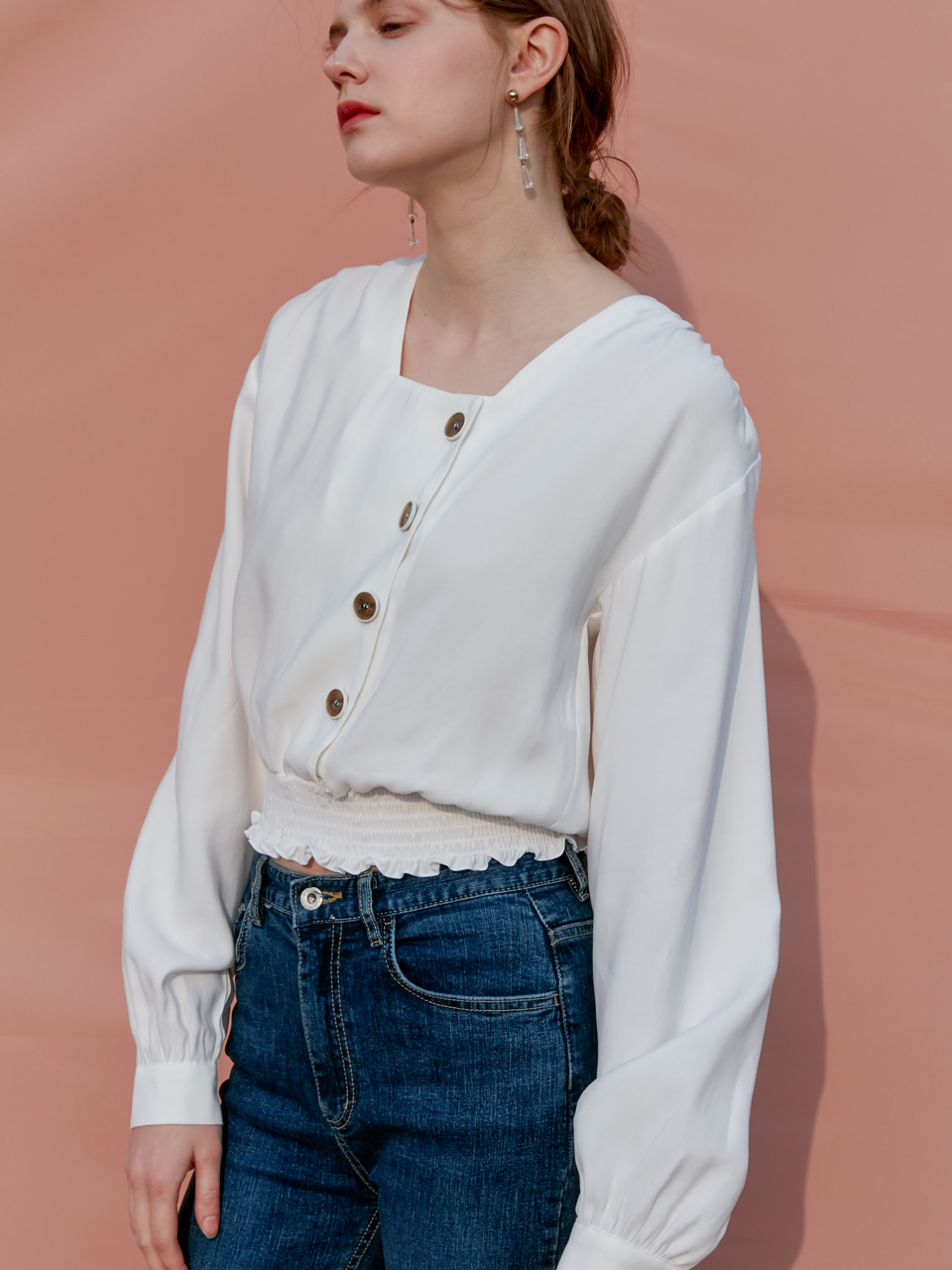 comos'149 square neck shirring blouse (ivory)