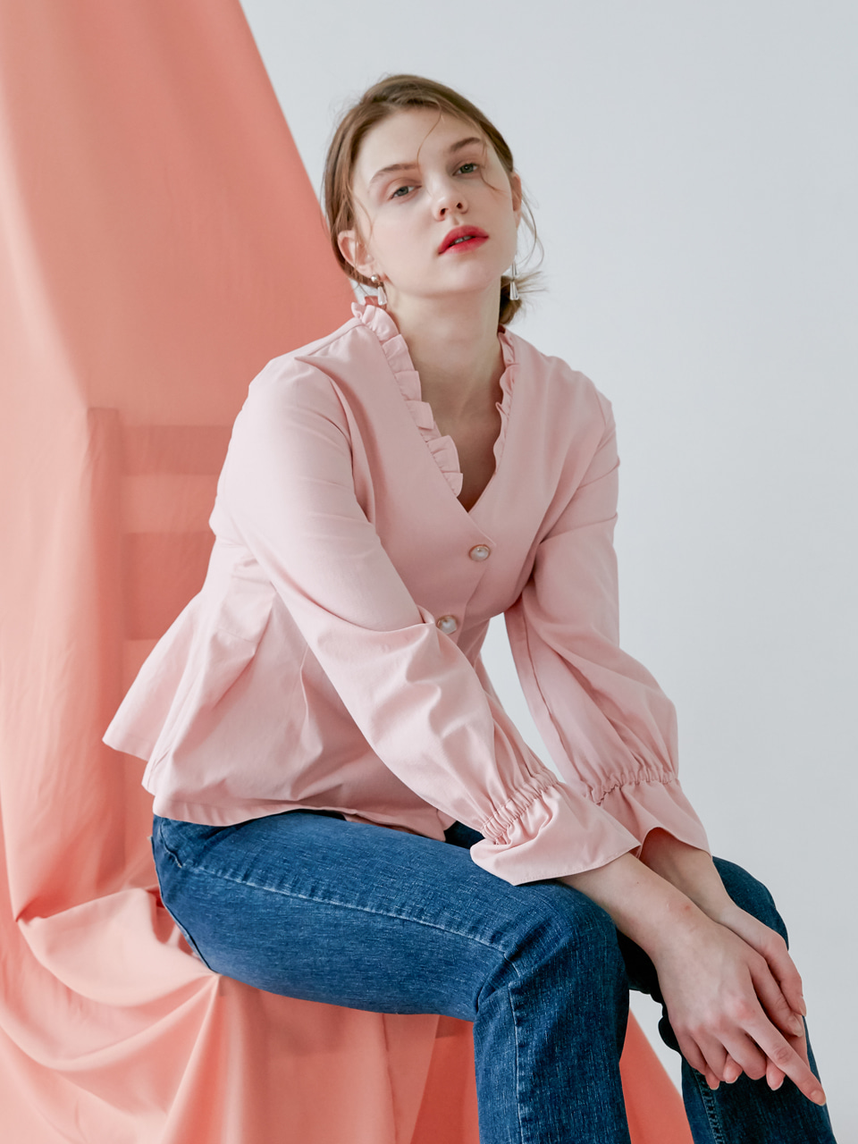 comos'148 v neck frill blouse (pink)