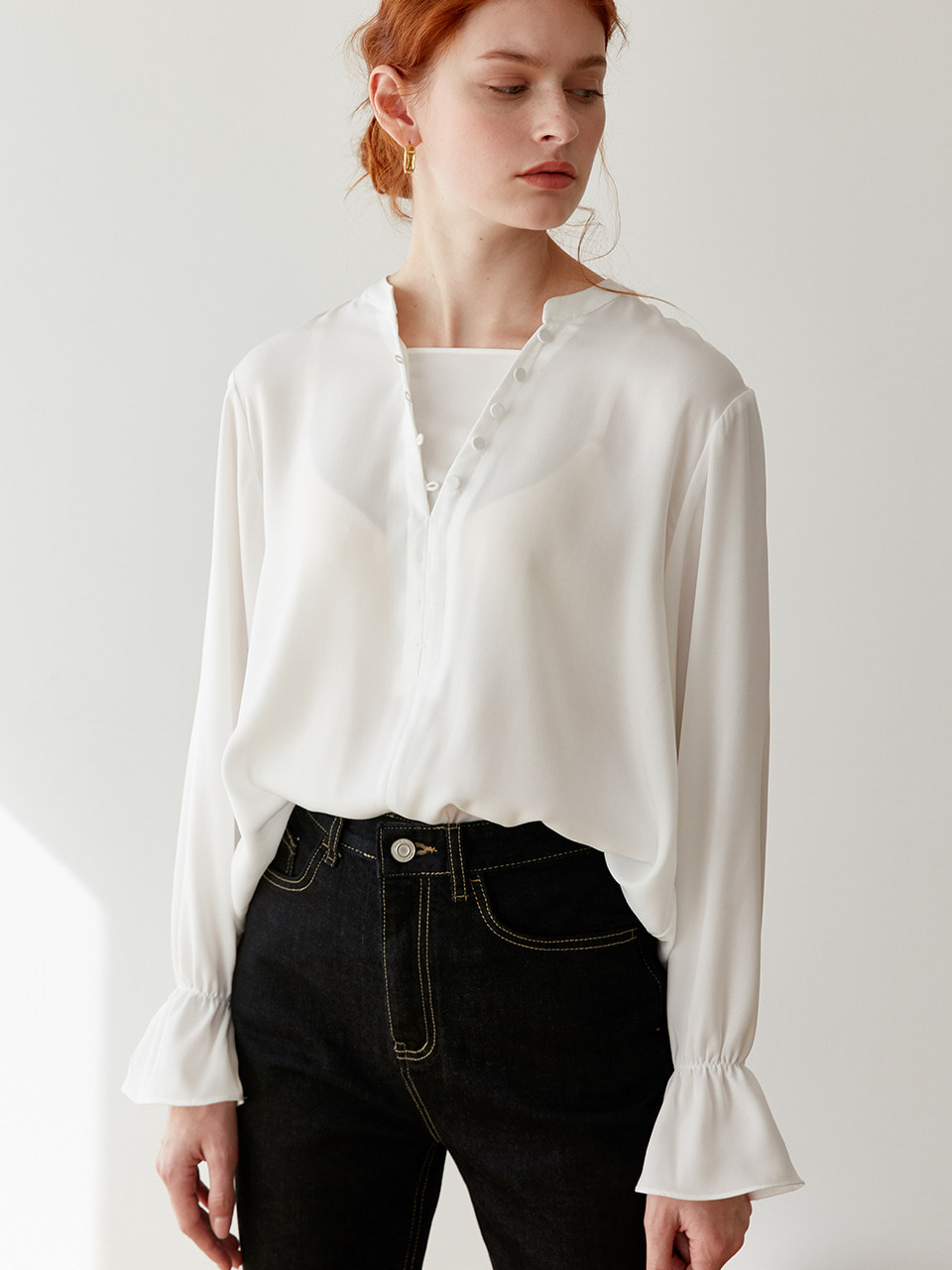comos'266 round button point blouse (ivory)