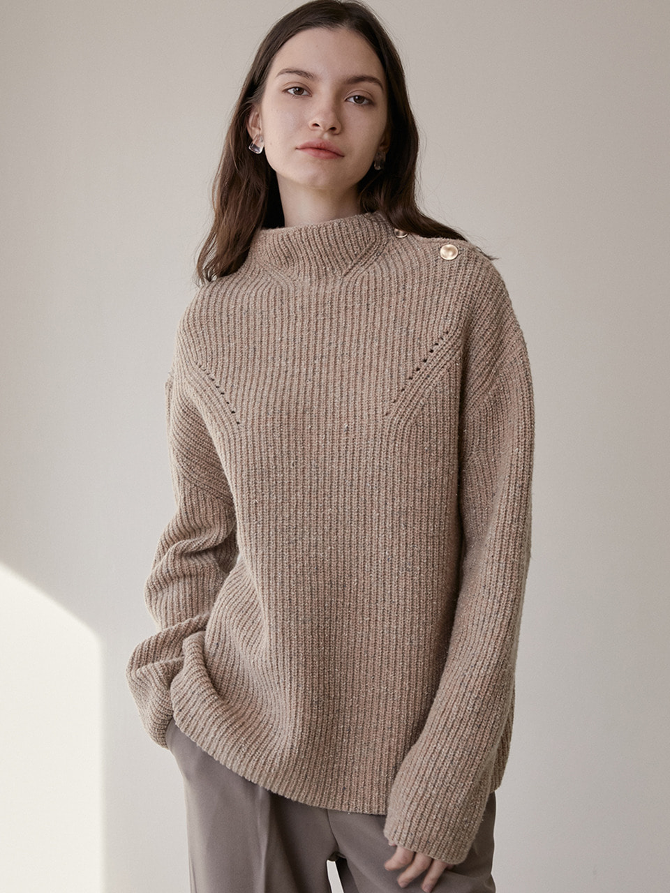 comos'288 wool silk turtleneck  knit (beige)