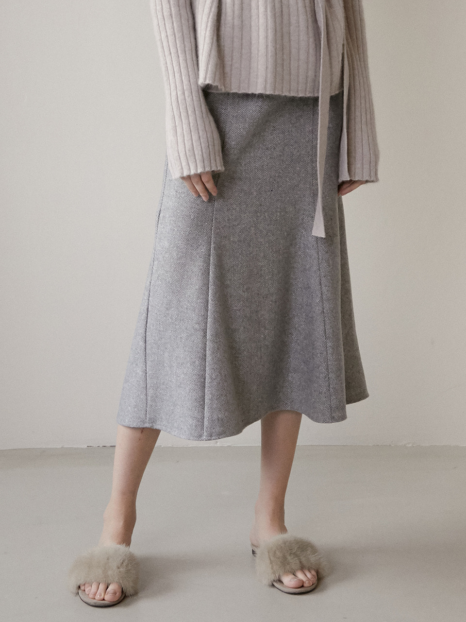 comos'281 wool mermaid skirt (grey)