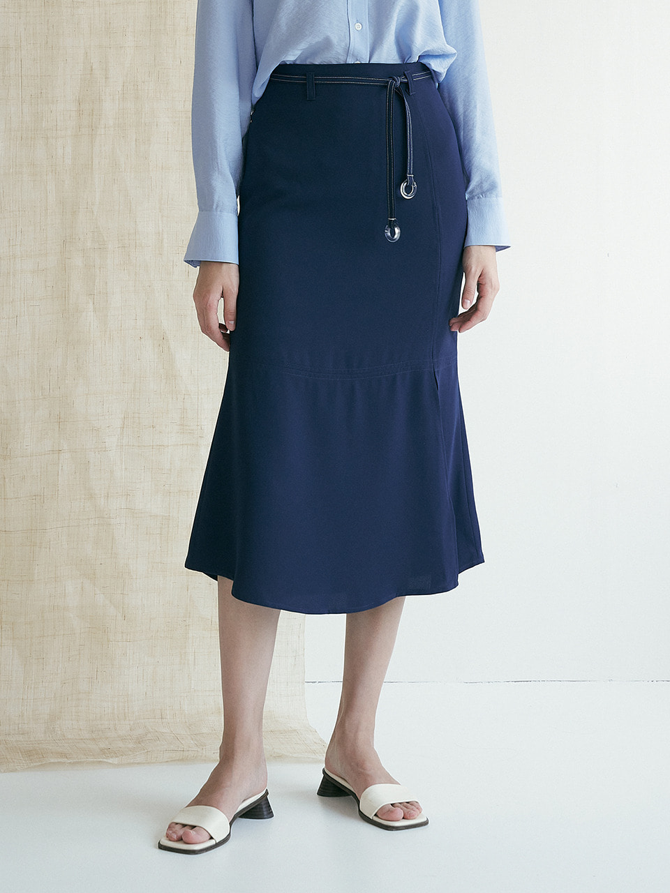 comos'372 belt point mermaid skirt (navy)