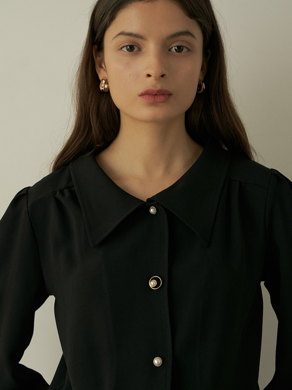 comos'415 square collar shirring blouse (black)